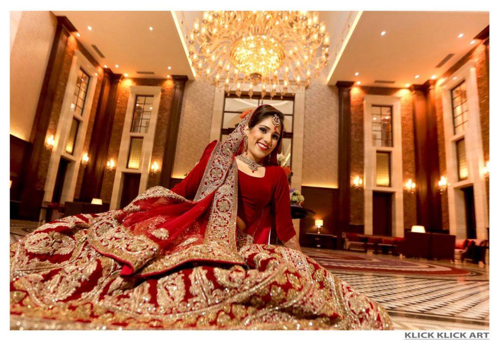 bride with red lehenga